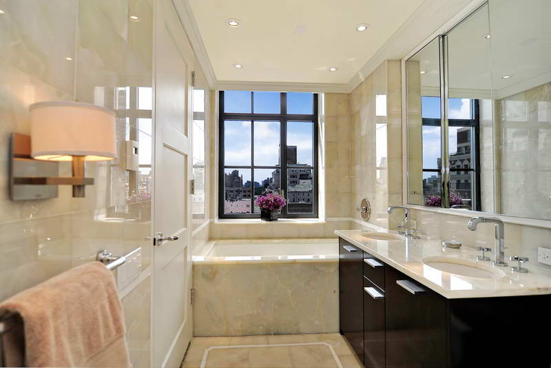 Appearance Featured with Fit Black Vanity Patented Bathtub and Storage