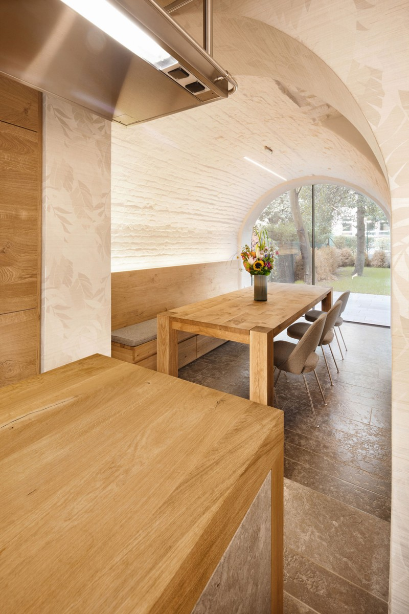Dining Room Interior Displaying Cool Wooden Table with Chairs and Bench