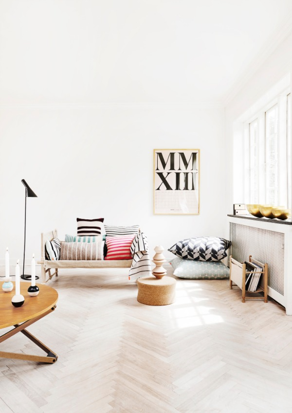 Wooden Flooring and Small Furniture Decorations