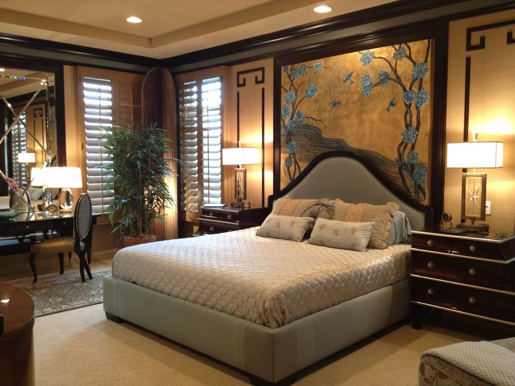 Bedroom decorating ideas for an asian style bedroom for Designer inspired bedding