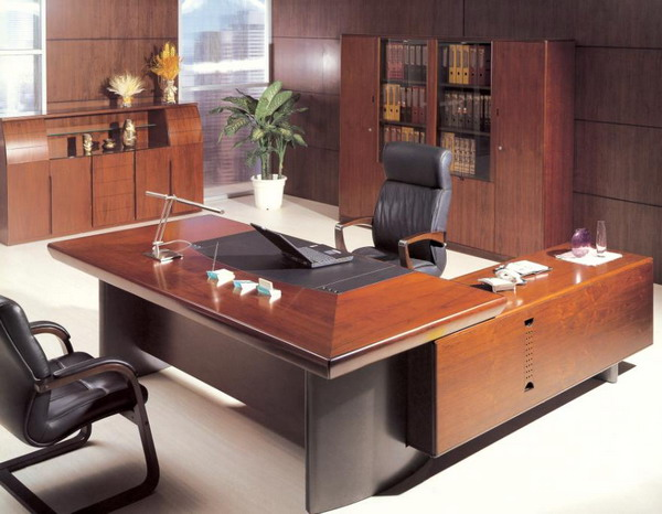 Decorating your executive office Office desk decoration ideas