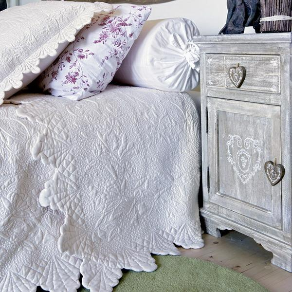 french country bedroom decorating